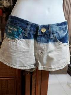 🚚 品牌短褲