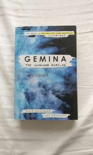 Gemina by Jay kristoff and amie Kaufman