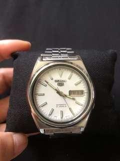 Seiko5 men's automatic watch(21 jewels)