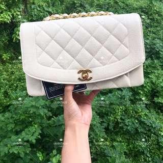 Chanel Vintage 奶白色荔枝皮 Diana Bag 25cm