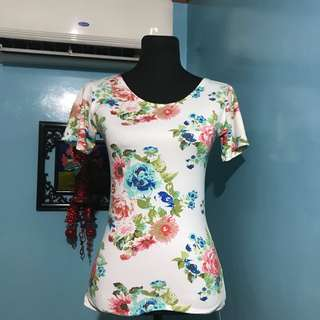 Lowback Flower Top