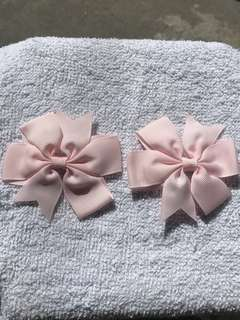 1pair of hairclip