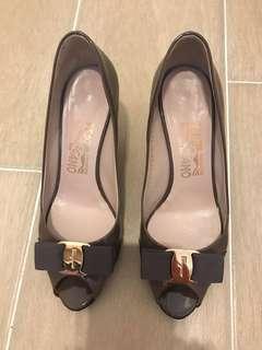 Salvatore Ferragamo - patent high heel