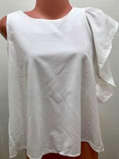 1 sleeved blouse