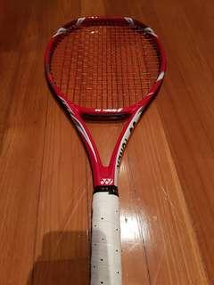 Yonex V-Core Tour G 97 Raket Tenis
