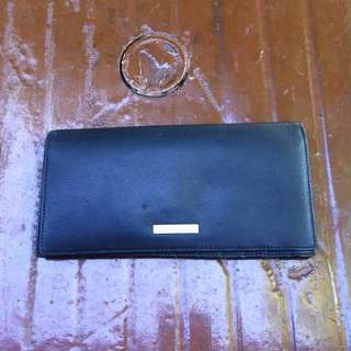 Toscano leather wallet. In good condition.