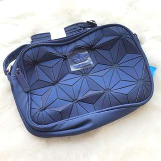 FREE POSTAGE + FREE GIFT!! Adidas 3D Sling Bag | ELECTRIC BLUE HOT SELLING!