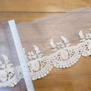 [Roll] Cotton Mesh Floral Royal Ecru Colour Kinariiro Lace Trim