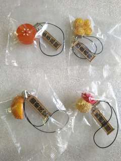 賀年食品 年糕, 笑口棗, 油角仔及蝴蝶餅 電話繩 共4件