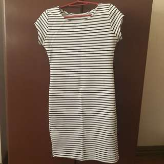 Stripes bodycon dress / body hugging dress