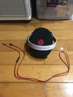 🚚 Beats solo 耳罩式耳機 便宜賣