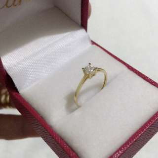 18k Gold Diamond Ring size 5