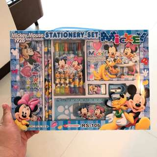 Mickey Mouse stationary gift set