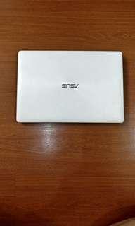 Asus Laptop White