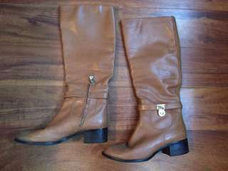 Michael Kors boots 7.5