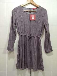 Nicole Long sleeve dress