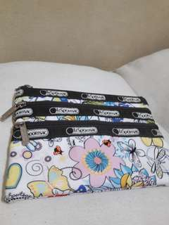 Pre-loved Original Lesportsac Three Zipper Pouch (Floral)