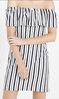 COTTON ON off shoulder dress Kn Hayden