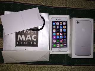 iPhone 7 32GB Factory Unlock Silver
