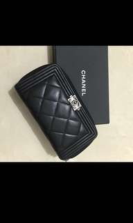 ❤️ 潮人必備 chanel boy Zip around wallet (black lambskin) 黑色羊皮拉鍊 size m 中型 銀包