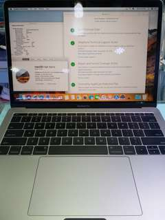 MacBook Pro 13inch 2017 16gb Ram +Apple care