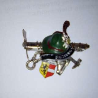 Vintage pin brooch Austria