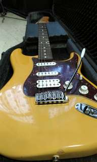 🚚 Fender Stratocaster..made in Mexico.