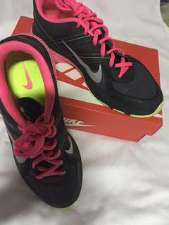 Authentic Nike Flywire Running Shoes