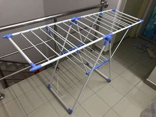 Foldable clothes drying rack. Easy storage.