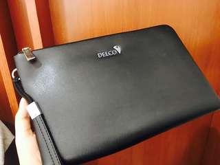 Clutch Pria Delco Original 10000% mulus like new! Tas Pria Tas tangan