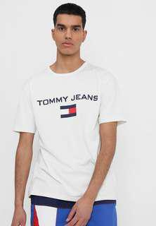 [Authentic] BRAND NEW Tommy Hilfiger T-Shirt