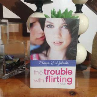 PRELOVED BOOK💙The Trouble with Flirting