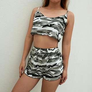 PO Camouflage Set Wear