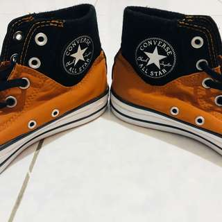 Original Converse Shoes (orange)