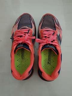 Sketcher sport shoes