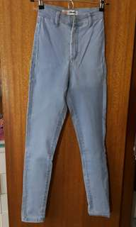 Light Washed High-waisted Jeans