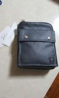 全新(New) Porter International 斜孭袋 Shoulder Bag 連牌