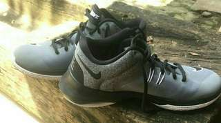 nike air versitile II original
