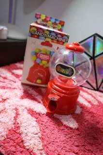 RUSH SELLING!!! Candy Machine w/coinbank