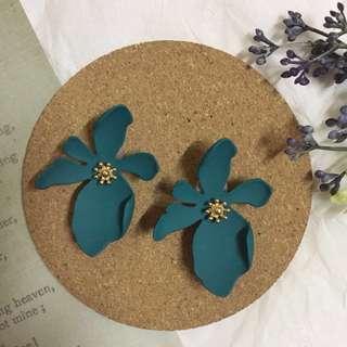 (FREE POS) Flower earrings