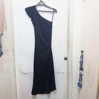 [Subsidi Ongkir 10K] Simple Black Dress