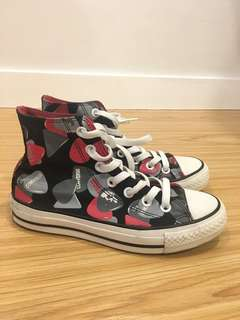 Converse Chuck Taylor high cut sneakers