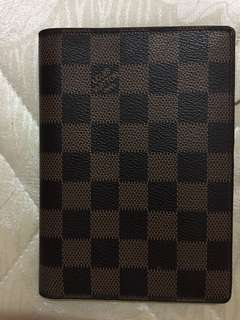 LV passport