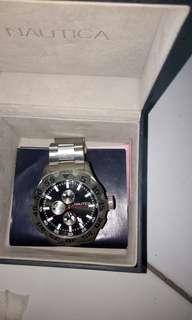 Jam tangan Nautica analog