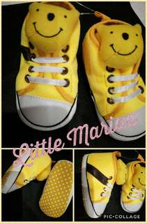 Winnie the pooh soft/crib rubber shoes