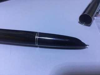 0.5 mm 鋼筆 全新 不含墨水