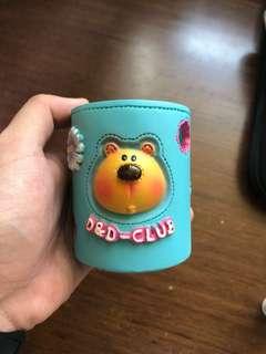 🚚 小熊造型置物筆筒