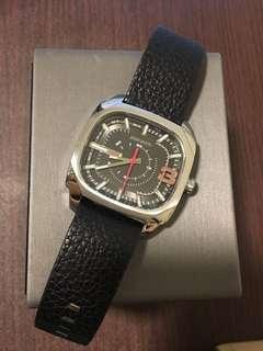 Diesel 皮帶手錶