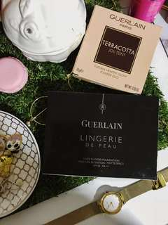 🚚 GUERLAIN Lingerie De Peau Powder Foundation / Terracotta Joli Teint Natural Healthy Glow Powder Duo