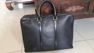 Authentic Briefcase Louis Vuitton epi black